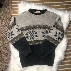 Vintage culture studio sweater